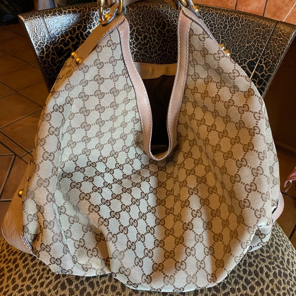 a506ea09bb00b5 Gucci Handbags - 🎁🎄FLASH SALE FIRM‼ Gucci Extra Large Jockey Hob